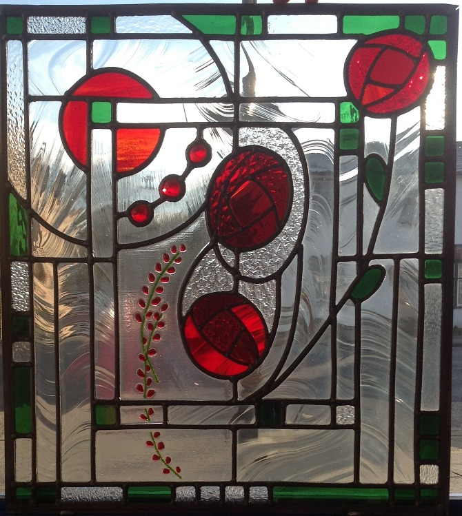 Art deco rose panel stained glass by marilia carvalho for Deco appartement rose